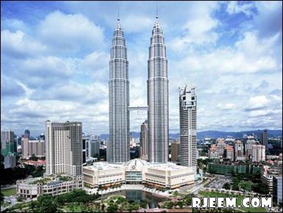 photo Petronas Twin Towers 13398555163.jpg