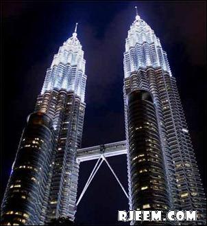 photo Petronas Twin Towers 13398558102.jpg