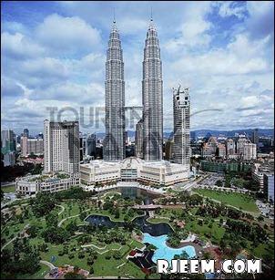 photo Petronas Twin Towers 13398558105.jpg