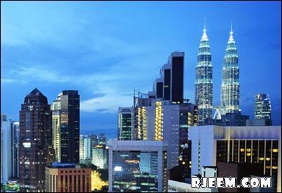photo Petronas Twin Towers 13398559392.jpg