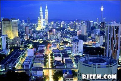 photo Petronas Twin Towers 13398559393.jpg