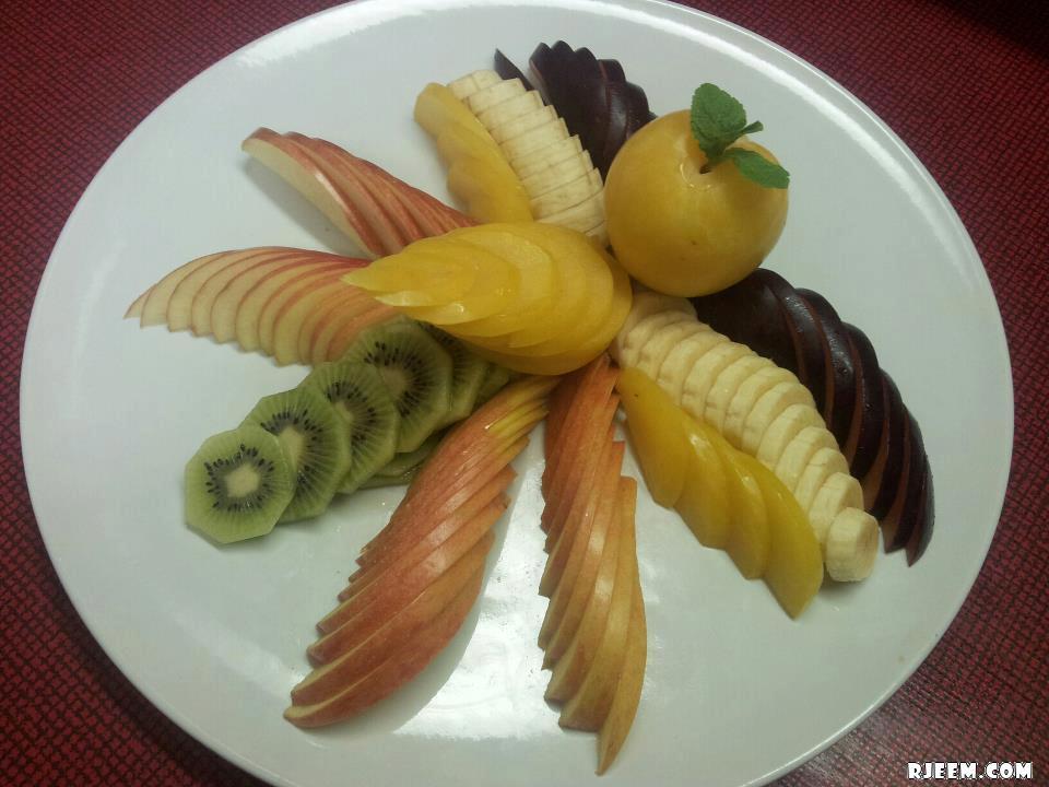 صور لاطباق فاكهة مبهرة 13441047135.jpg