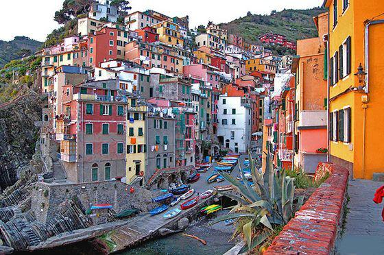 سينكوتيرى الإيطالية 13584467202.jpg