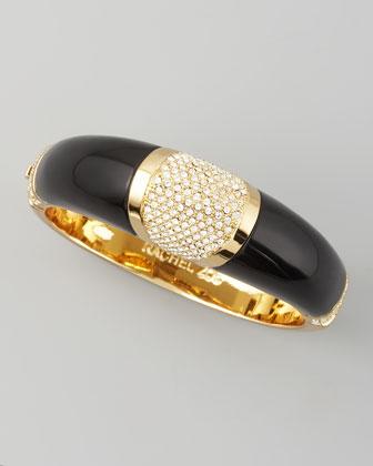 2eba2d635 دلعي يداكِ بأساور الذهب البراقة - مجتمع رجيم