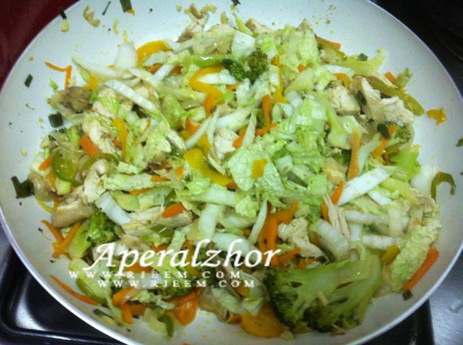 بروكلى  سوتيه مع الخضروات المشكلة من مطبخى 13853225624.jpg