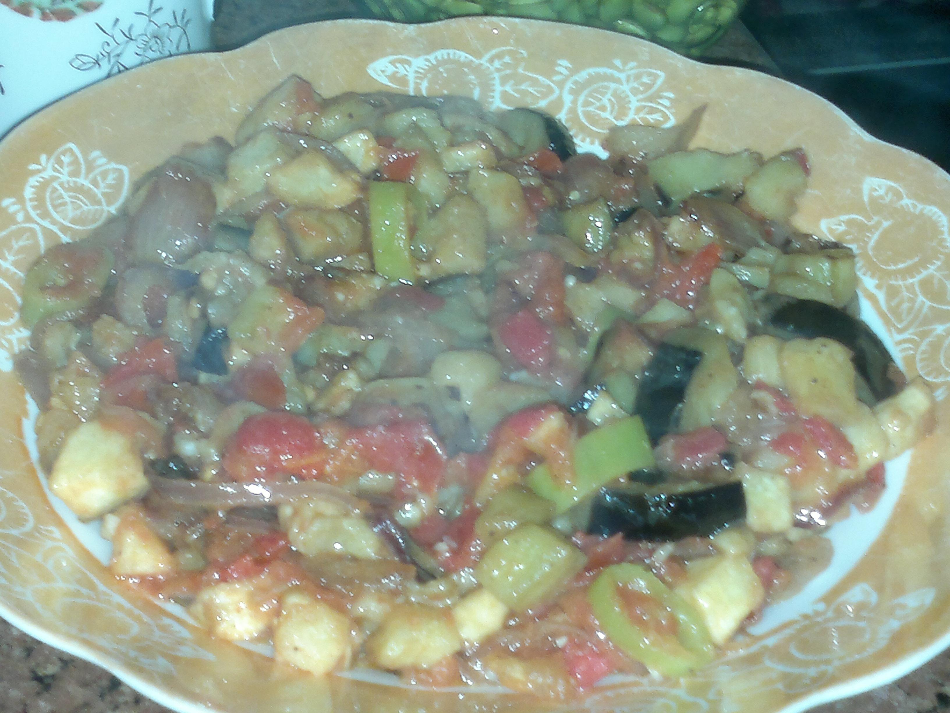 طريقة لتقديم الخضروات من مطبخي 13887060941.jpg