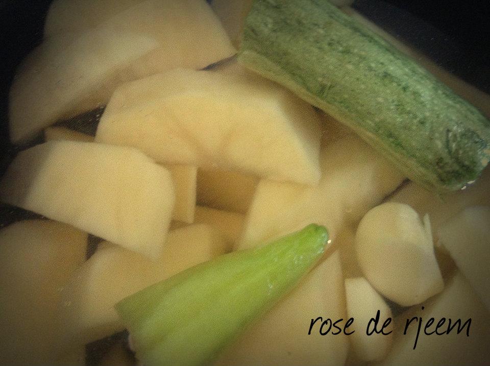 شوربه البطاطا 14063030623.jpg