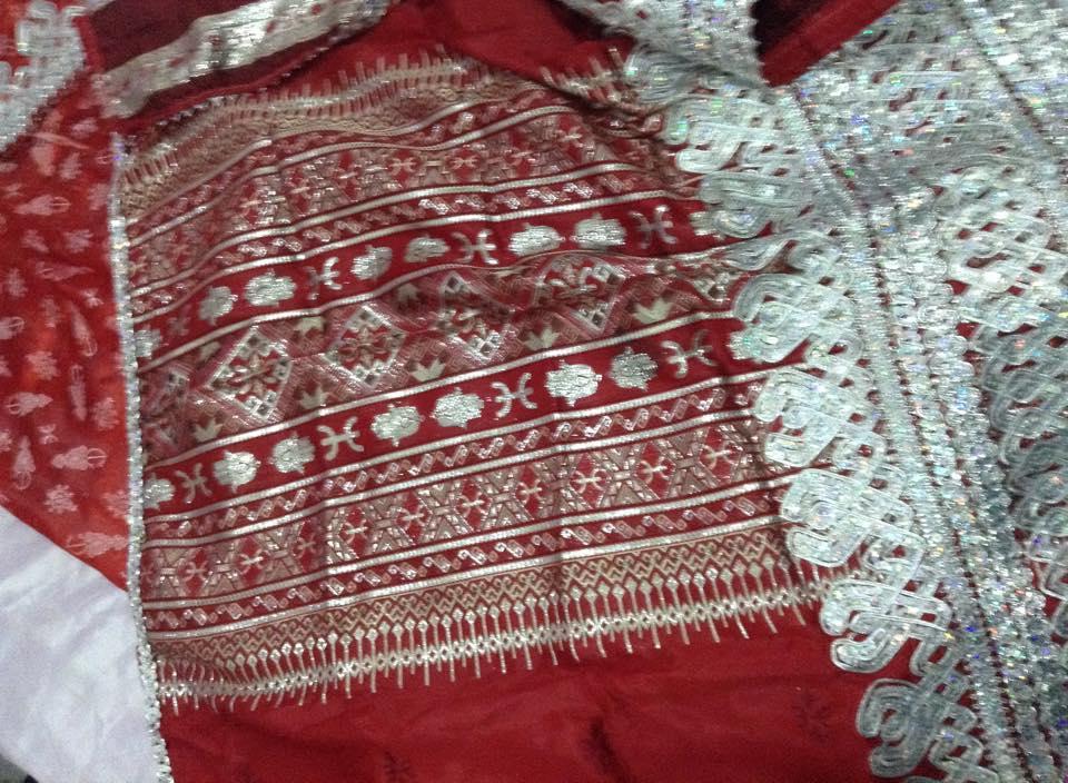 فستان تقليدي للافراح من  الجزائر 14145947231.jpg