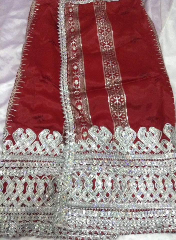فستان تقليدي للافراح من  الجزائر 14145947242.jpg