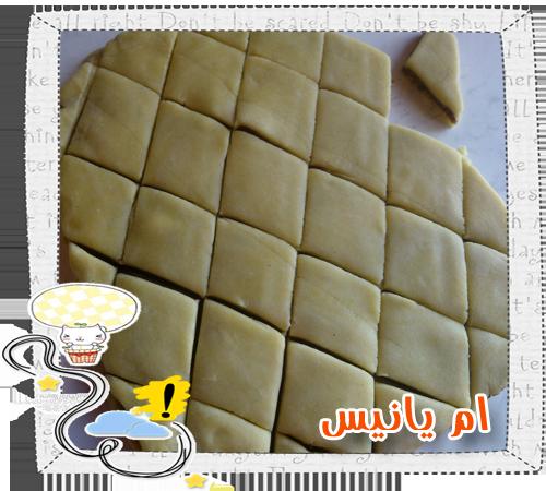 خبز بالتمر شهي جدا و سهل بالصور 14192656694.png