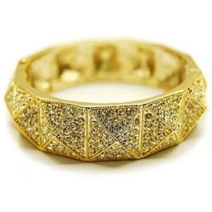 المشغولات الذهبية 14264724584.jpg