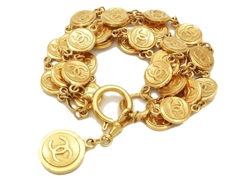 المشغولات الذهبية 14264730911.jpg