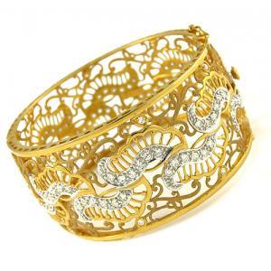 المشغولات الذهبية 14264732594.jpg
